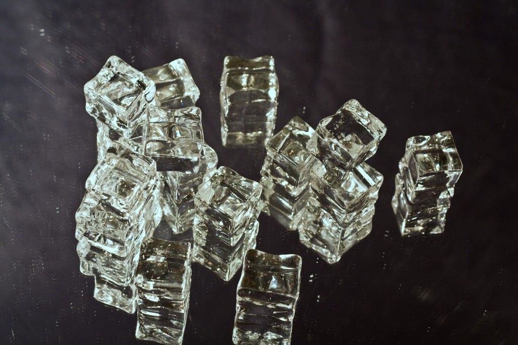 Ice Cubes Clear (2)